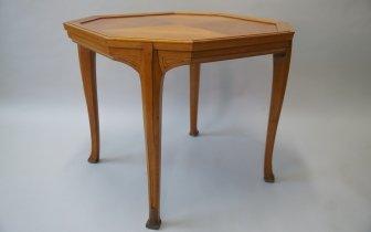 van der Velde- Tisch.JPG